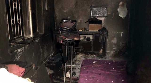 Ankarada apartman dairesinde yangın: 1i ağır 3 yaralı
