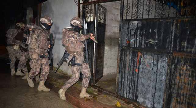 Adanada terör operasyonu: 5 gözaltı