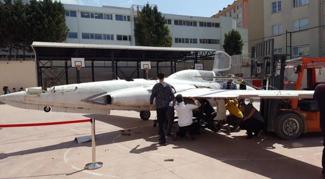 Pakistanın pilotlarını Türk mühendisler eğitecek