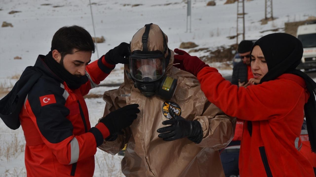 Kars'ta kimyasal ve radyoaktif olaylara hazırlık için tatbikat yapıldı