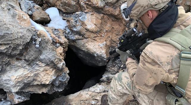 PKKlı teröristlerin kullandığı 9 barınak ve sığınak imha edildi