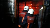 Tarsus Hali'nde yangın: 4 iş yeri küle döndü