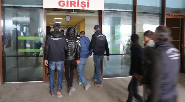 FETÖ şüphelilerini Yunanistana kaçırmaya çalışan şebeke çökertildi