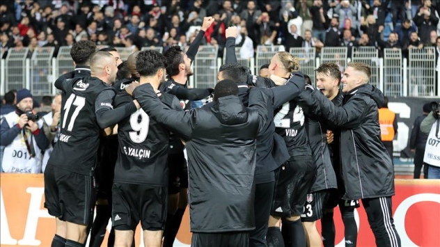 Beşiktaş, Süper Ligde 7de 7 peşinde