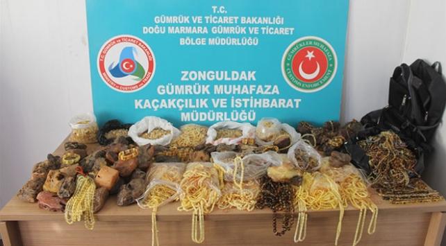Zonguldakta 28 kilogram kehribar taşı ele geçirildi