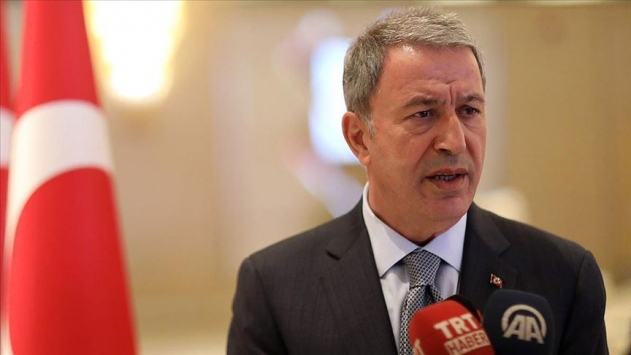 Milli Savunma Bakanı Akardan Katarda Libya diplomasisi