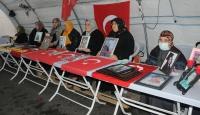 """Diyarbakır annelerinden evlatlarına """"teslim olun"""" çağrısı"""