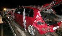 Artvin'de otomobil devrildi: 1 ölü, 2 yaralı
