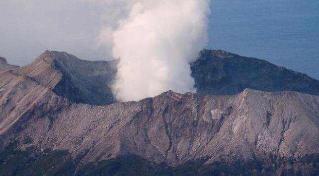 Yeni Zelandadaki yanardağ patlamasında ölü sayısı 15e çıktı