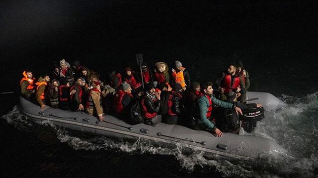 Sahil Güvenlik ekiplerinin düzensiz göçle mücadelesi sürüyor