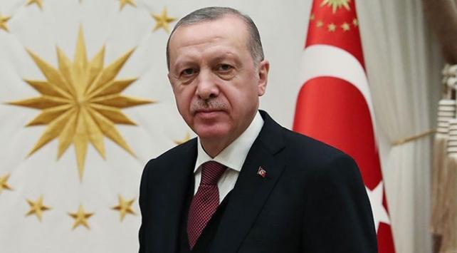 Cumhurbaşkanı Erdoğandan Cezayir Cumhurbaşkanı Tebbuna tebrik telefonu