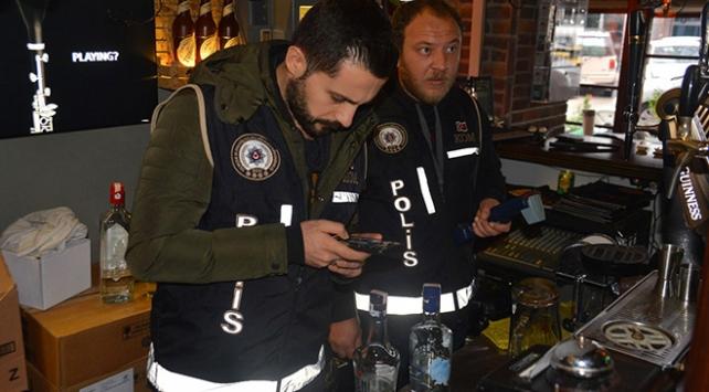 Adanada 300 polisle yılbaşı öncesi kaçak ve sahte içki denetimi