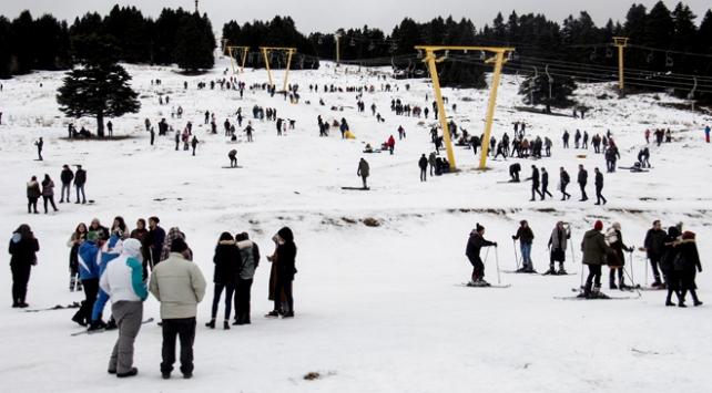Uludağda kayak sezonu başladı