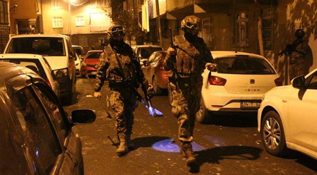 İstanbulda uyuşturucu satıcılarına operasyon: 103 gözaltı