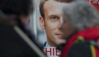 Fransa'da hayatı felç eden grevler halkı ikiye böldü