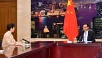 Çin liderlerinden Hong Kong Lideri Lam'a destek