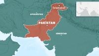 Pakistan'da eyalet parlamentosu önünde LPG'li araçta patlama oldu