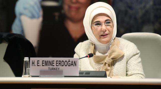 Emine Erdoğan: Bebek ve çocuk ölümlerini en hızlı düşüren ikinci ülkeyiz