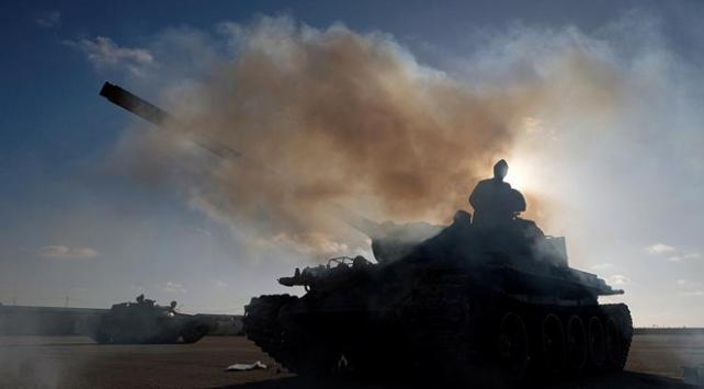 Libyadaki UMH birlikleri Trablusta Hafter mevzilerini hedef aldı
