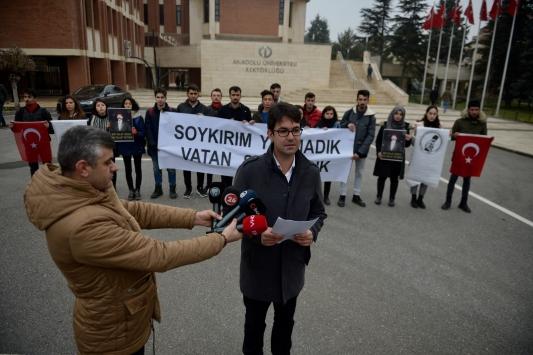 "ABD Senatosunun ""Ermeni kararı"" Eskişehirde protesto edildi"