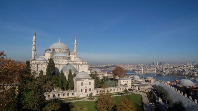 Sadelik ve ihtişam abidesi: Süleymaniye Camii