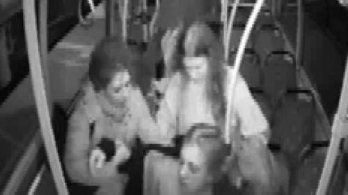 Aydın'da otobüsü şoförü fenalaşan kadını hastaneye yetiştirdi