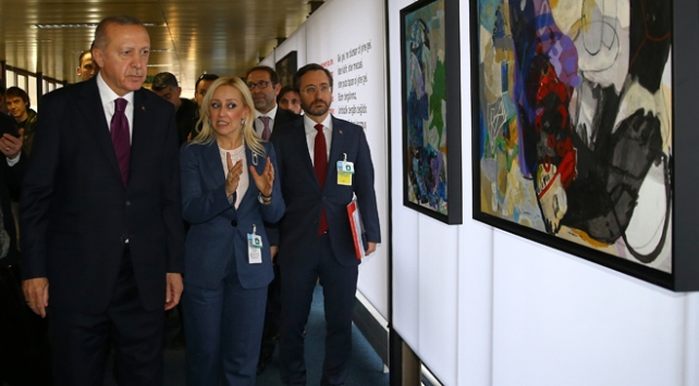 Cumhurbaşkanı Erdoğan Cenevrede sergi gezdi
