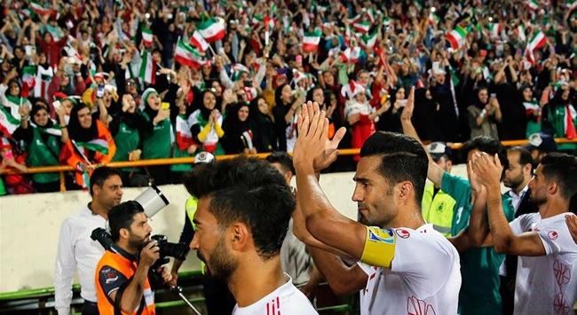 İranda futbol ekonomik kriz ve ABD yaptırımlarının kıskacında