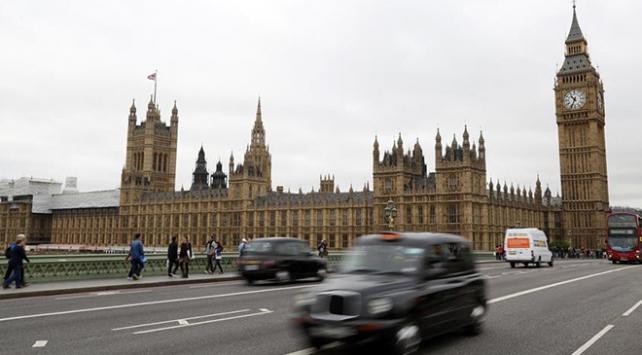 İngilterede mahkemelere Avrupa Adalet Divanı kararlarını reddetme yetkisi verilecek