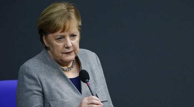 Merkelden ABDnin boru hattı yaptırımlarına misilleme yapılmayacak sinyali