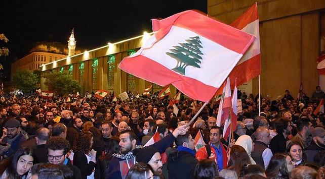 Protestoların sürdüğü Lübnan nasıl bir sistemle yönetiliyor?