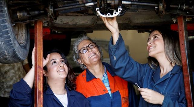 Otomobilin kadın ustaları