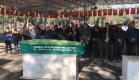 Mersin'de bıçaklanarak öldürülen kadının cenazesi toprağa verildi