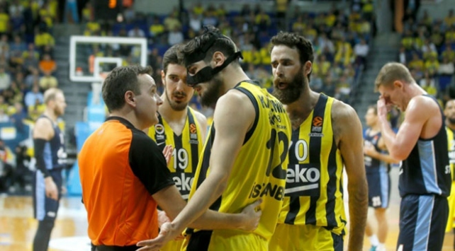 Fenerbahçe Beko evinde Zenite kaybetti