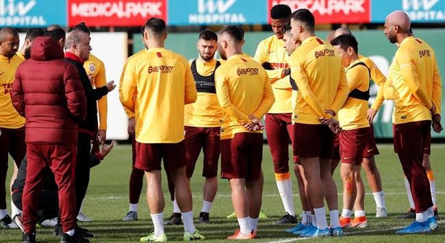 Galatasarayın Göztepe maçı kadrosu belli oldu