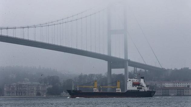 Boğazlarda gemi trafiğinin oluşturduğu riskler artıyor