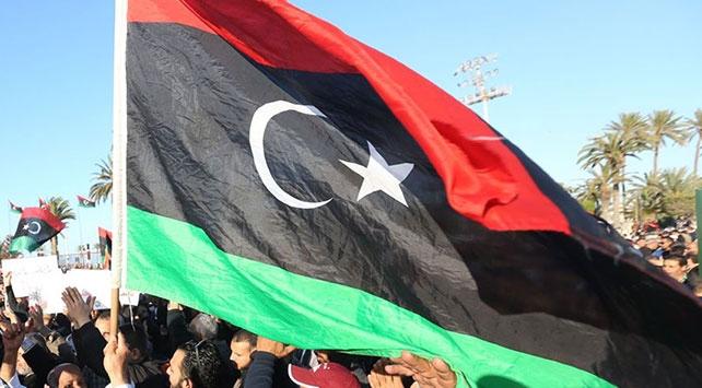 Libyadan yabancı savaş uçaklarının Misratayı vurmasına kınama