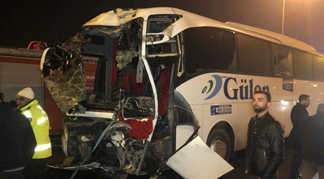 Başkentte iki ayrı otobüs kazası: 1i ağır 11 yaralı