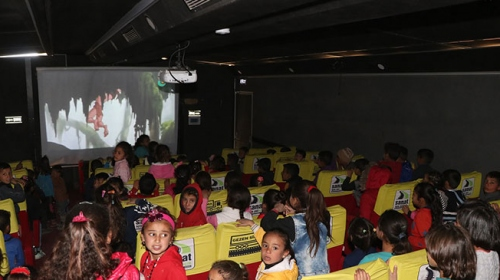 Tel Abyad'lı çocuklar ilk kez sinemayla tanıştı