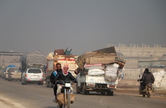 İdlibde son 2 günde 25 bin sivil daha yerinden edildi