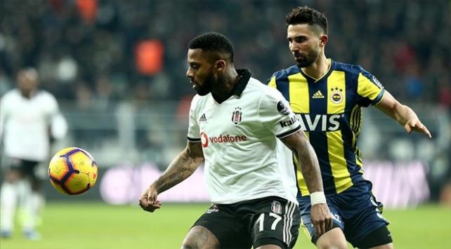 Fenerbahçe ve Beşiktaş yılın son derbisinde karşı karşıya gelecek
