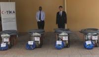 TİKA'dan Cibuti'de su baskınlarından etkilenen okullara destek