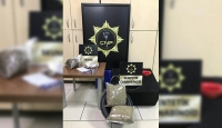 Hoparlörün içine saklanan uyuşturucuyu polis köpeği buldu
