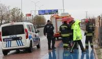 Konya'da devrilen otomobilin sürücüsü öldü