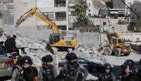 İsrail güçleri Doğu Kudüs'te Filistinli aileye ait inşat halindeki evi yıktı