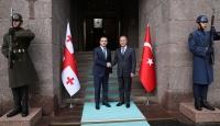 Akar, Gürcistan Savunma Bakanı ile görüştü