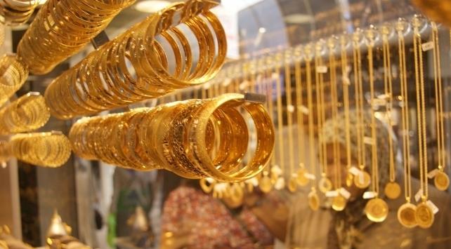 Gram altın 286 lira seviyelerinde