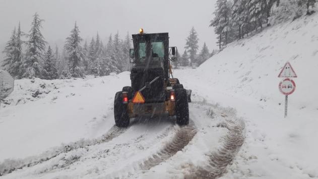 Kahramanmaraşta kar yağışı hayatı olumsuz etkiliyor