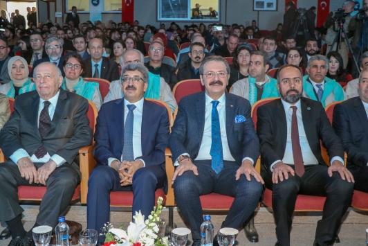 TOBB Başkanı Hisarcıklıoğluna Vanda fahri doktora unvanı verildi