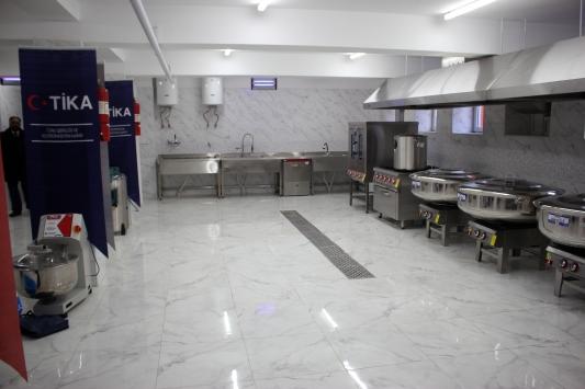 TİKA Afganistan Dışişleri Bakanlığı mutfağını yeniledi